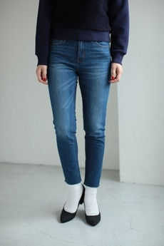 【AZUL by moussy】カットオフSkinny Denim