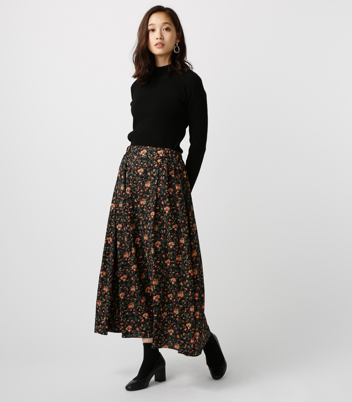 【AZUL BY MOUSSY】ローズブーケ柄ロングスカート 詳細画像 柄BLK 3