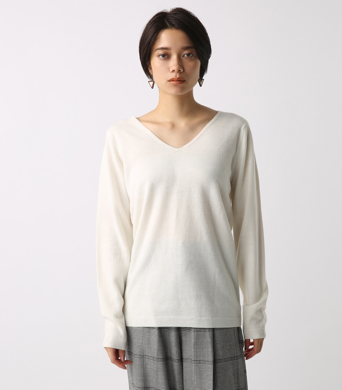 【AZUL BY MOUSSY】ウォッシャブルソフトタッチVネック長袖プルオーバー [MOOK掲載]  97011 詳細画像 O/WHT 5