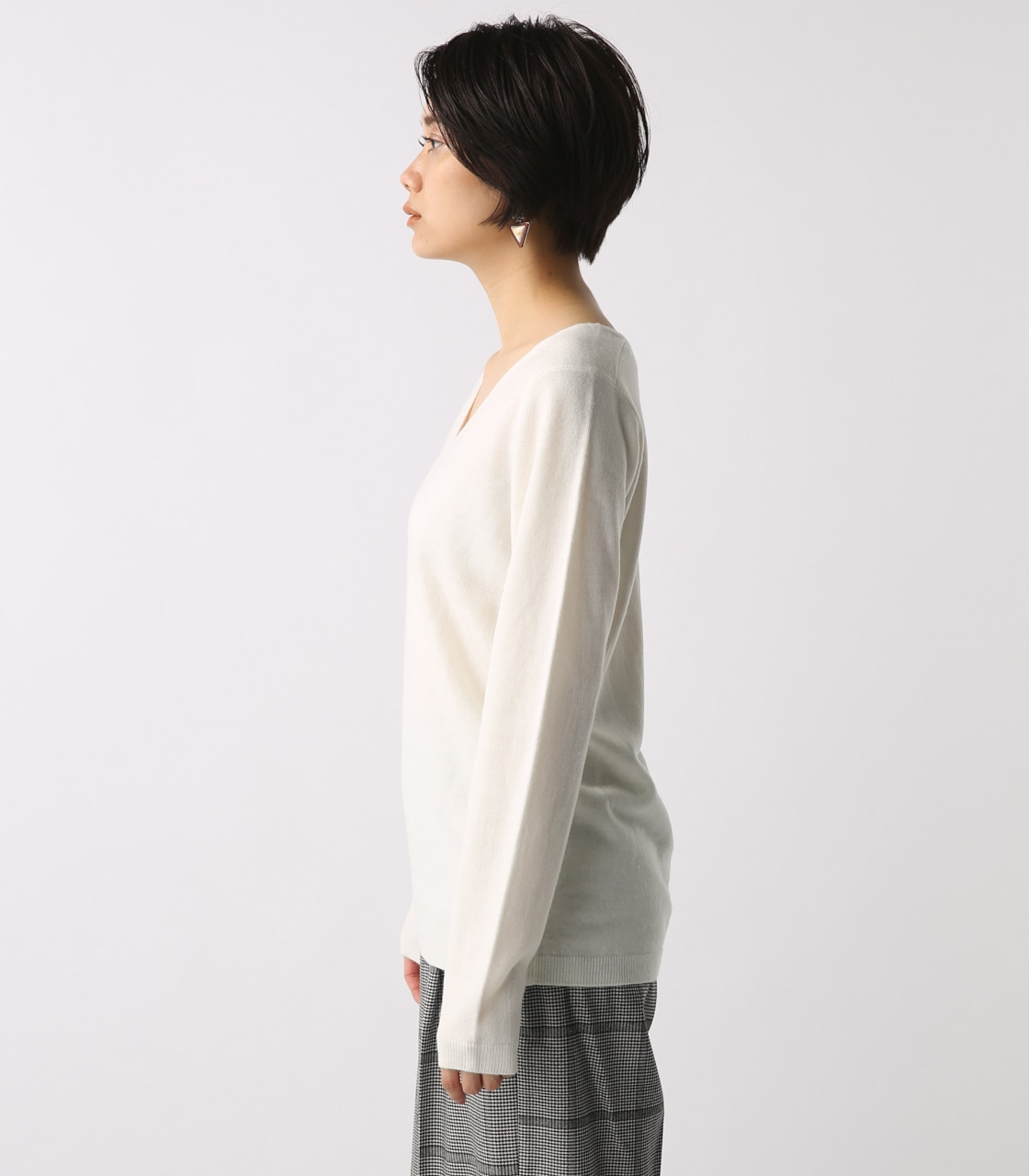 【AZUL BY MOUSSY】ウォッシャブルソフトタッチVネック長袖プルオーバー [MOOK掲載]  97011 詳細画像 O/WHT 6
