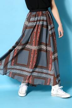 《5/31までWEB限定価格》【AZUL by moussy】パネルスカーフ柄ランダムロングスカートMOOK番号93065
