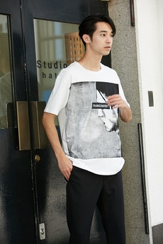 【AZUL by moussy】TRANSCENDENCYフォトクルーネックTEE