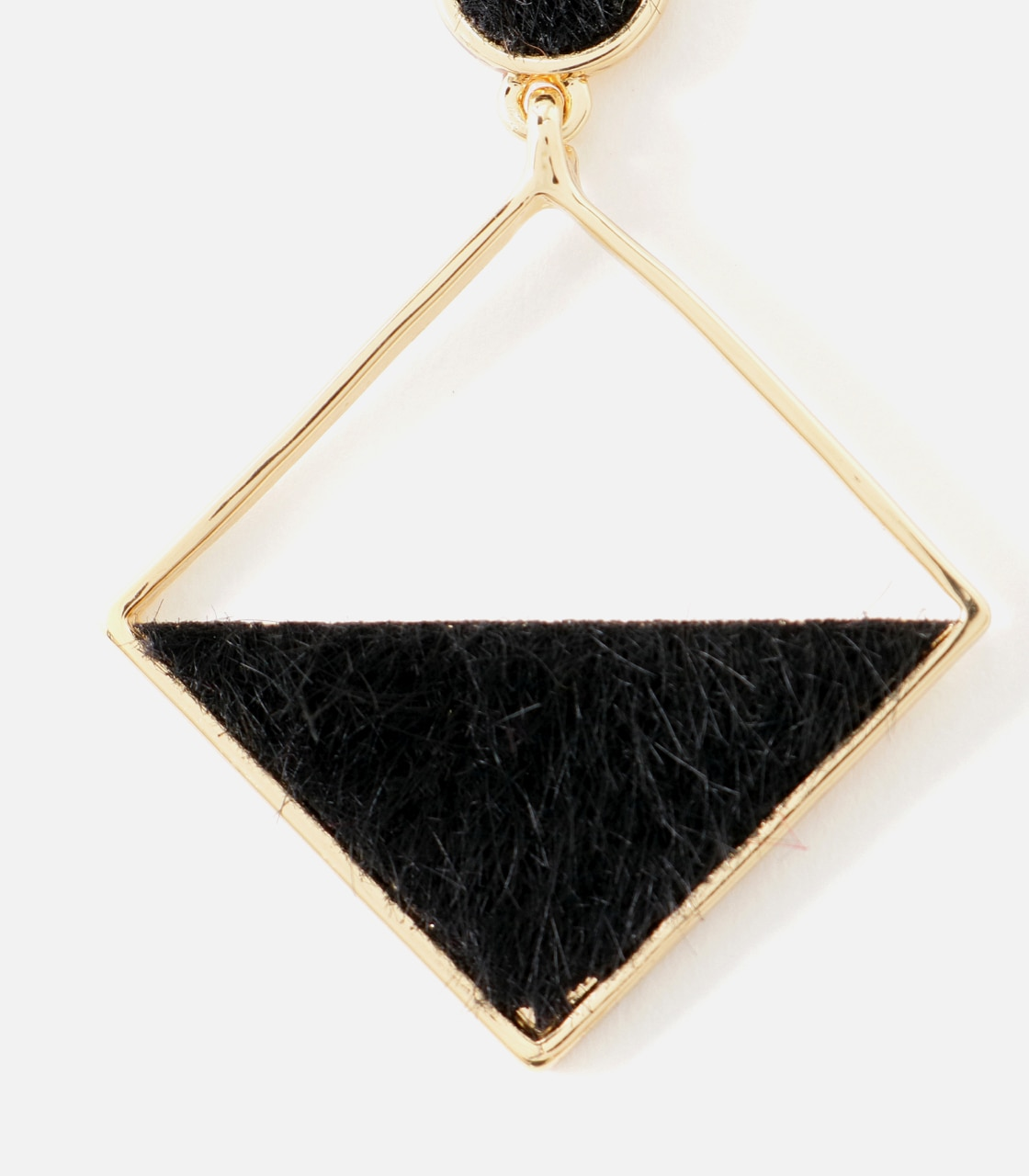 【AZUL BY MOUSSY】フェイクファースクエアピアス 詳細画像 BLK 3