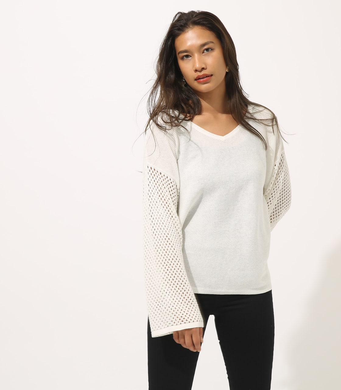 【AZUL BY MOUSSY】CROCHET SLEEVE KNIT TOPS 詳細画像 O/WHT 1