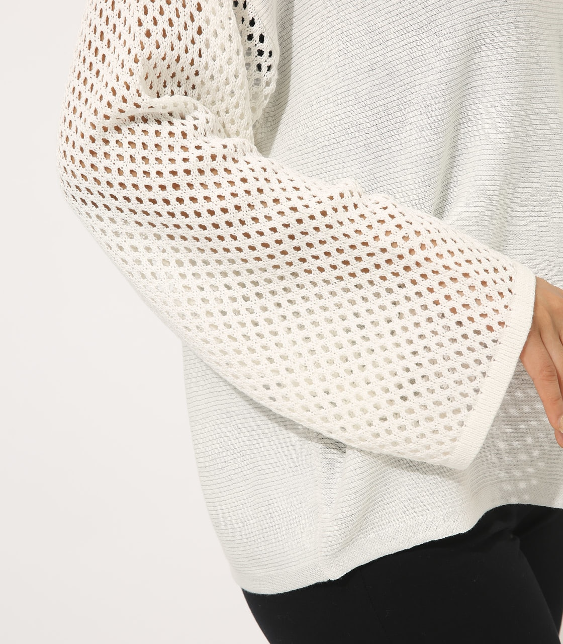 【AZUL BY MOUSSY】CROCHET SLEEVE KNIT TOPS 詳細画像 O/WHT 8