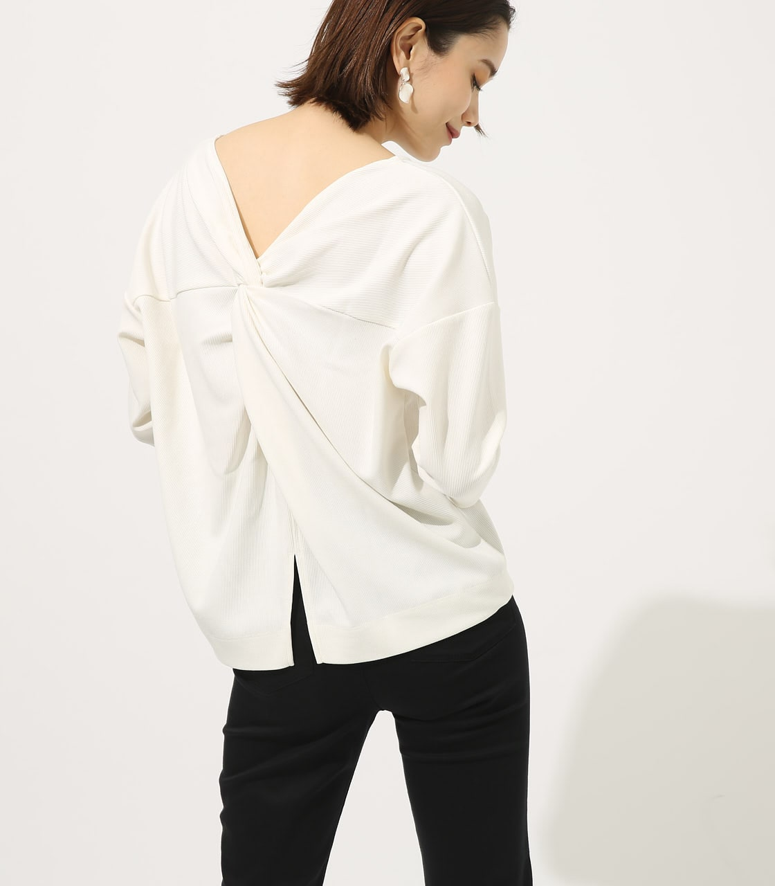 【AZUL BY MOUSSY】BACK TWIST TOPS 詳細画像 O/WHT 1