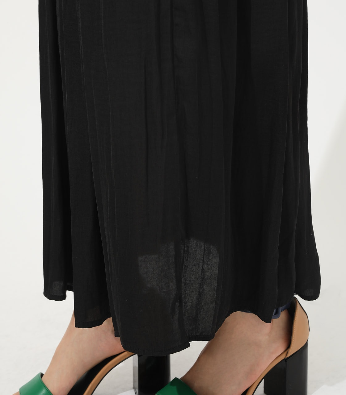 【AZUL BY MOUSSY】GATHER FLARE SKIRT 詳細画像 BLK 9