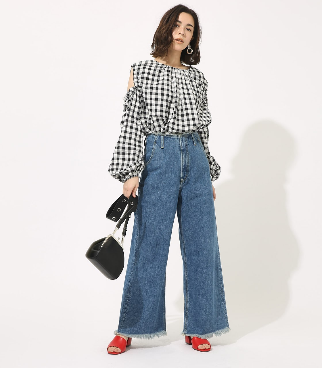 【AZUL BY MOUSSY】GINGHAM OPEN SHOULDER TOPS 【MOOK49掲載 90053】 詳細画像 柄BLK 3