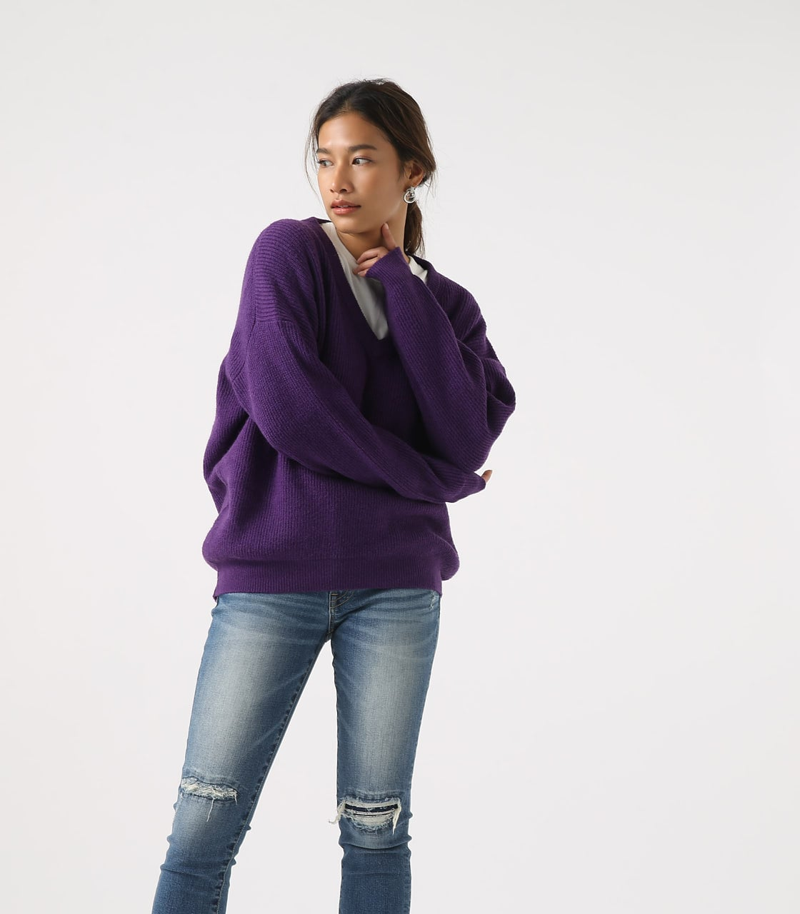 【AZUL BY MOUSSY】V NECK LOOSE KNIT TOPS 詳細画像 PUR 3