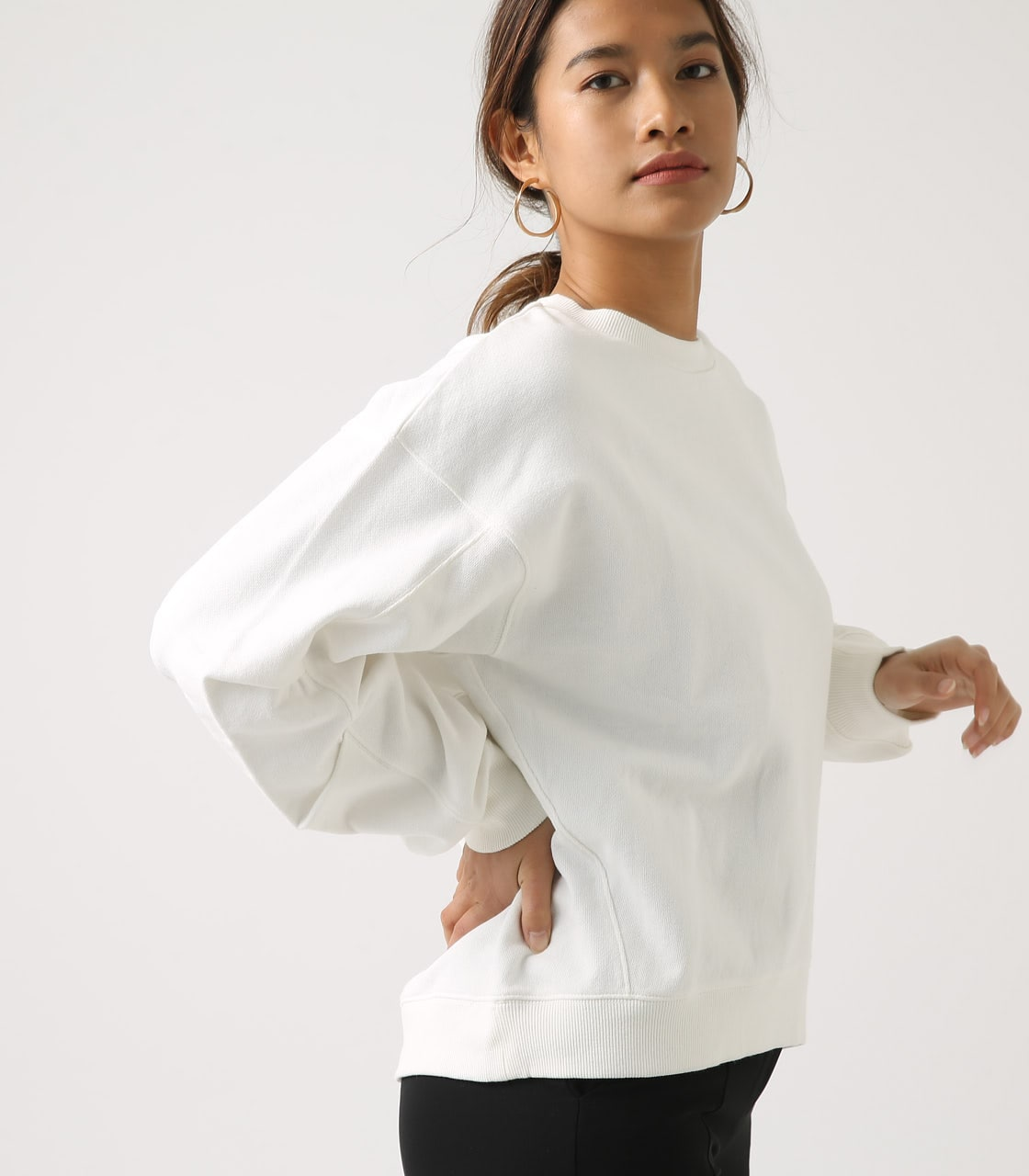 【AZUL BY MOUSSY】SLEEVE TUCK SWEAT TOPS 詳細画像 O/WHT 1