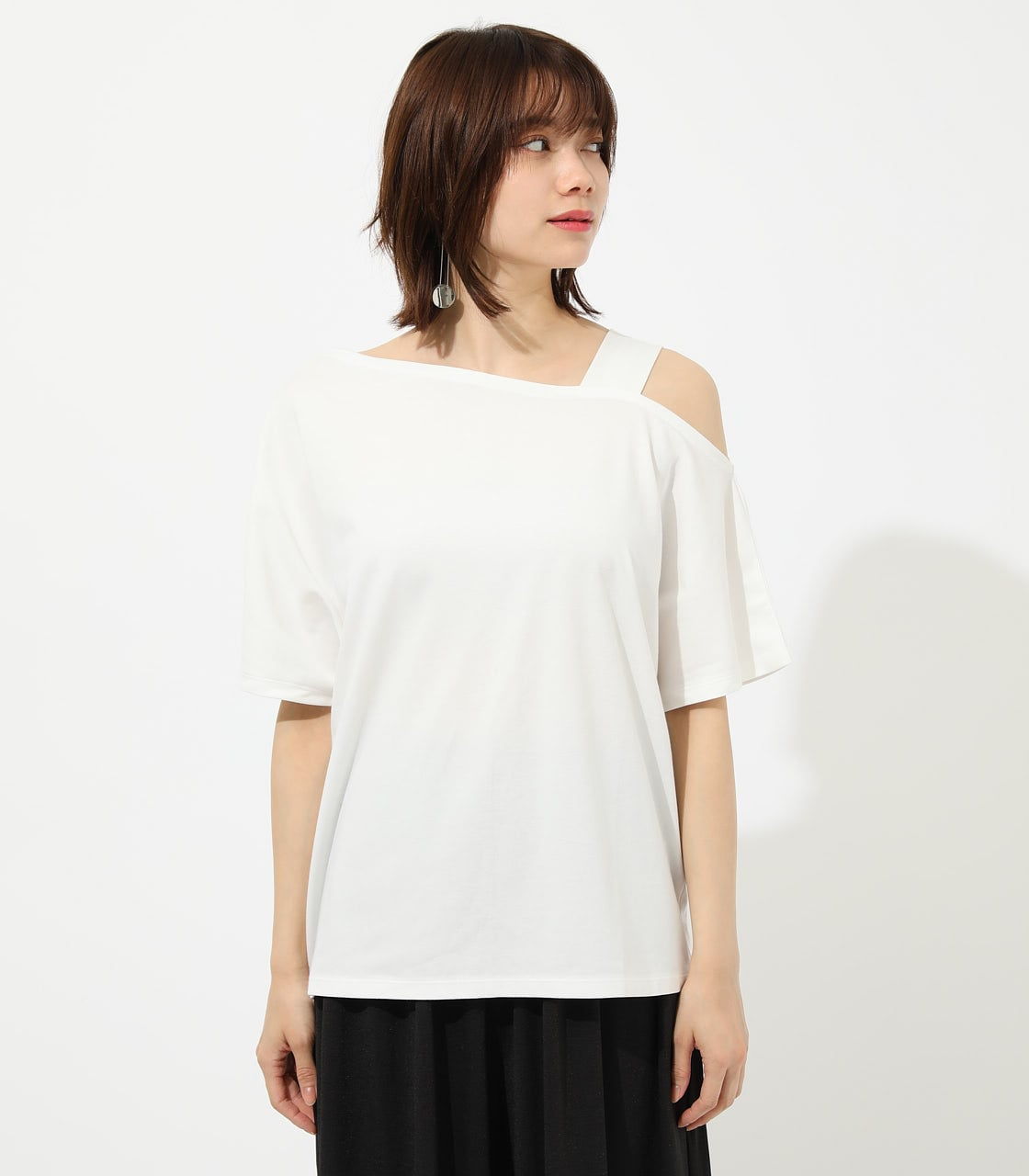 【AZUL BY MOUSSY】ONE SHOULDER CUT TOPS 詳細画像 O/WHT 4
