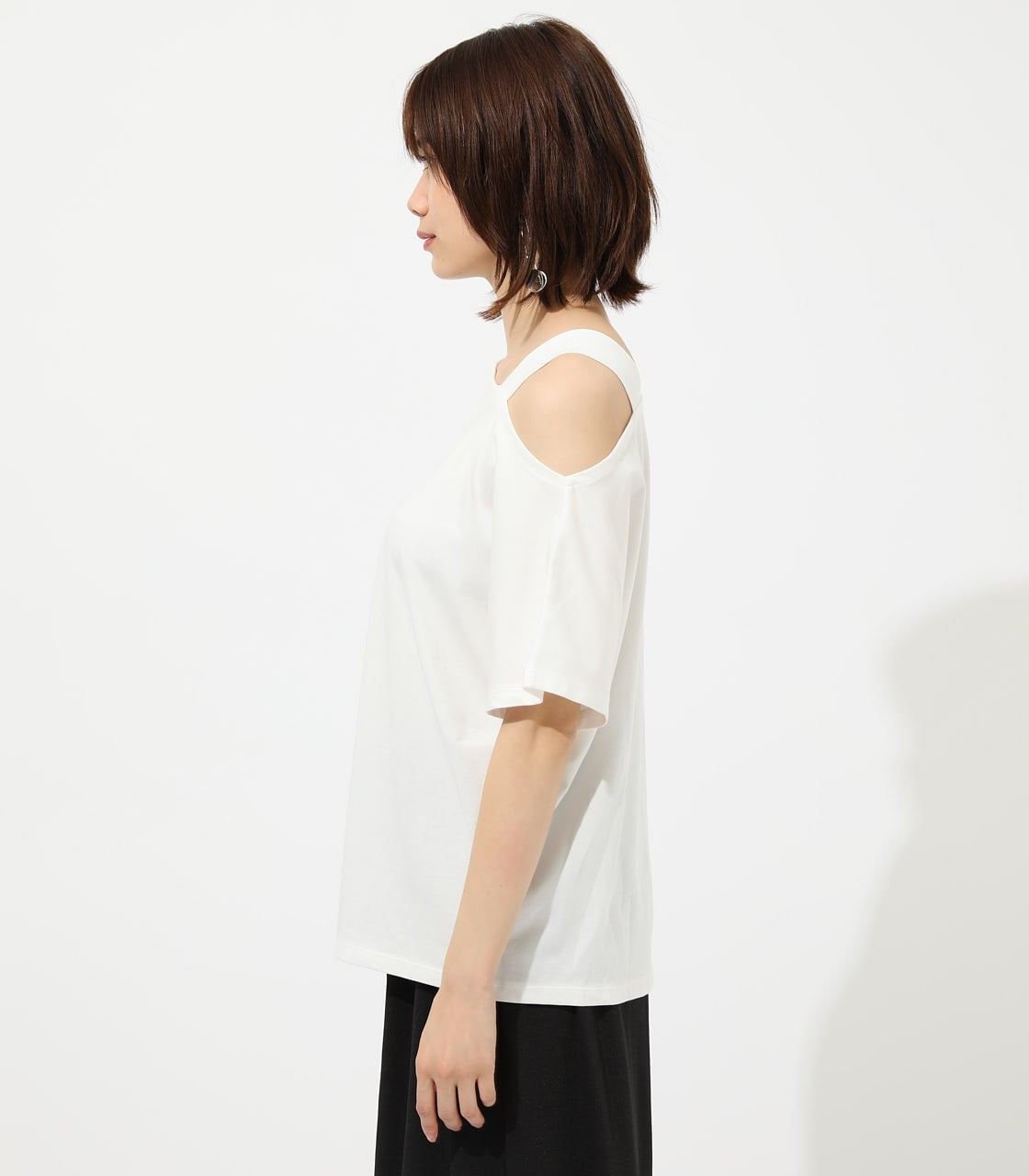 【AZUL BY MOUSSY】ONE SHOULDER CUT TOPS 詳細画像 O/WHT 5