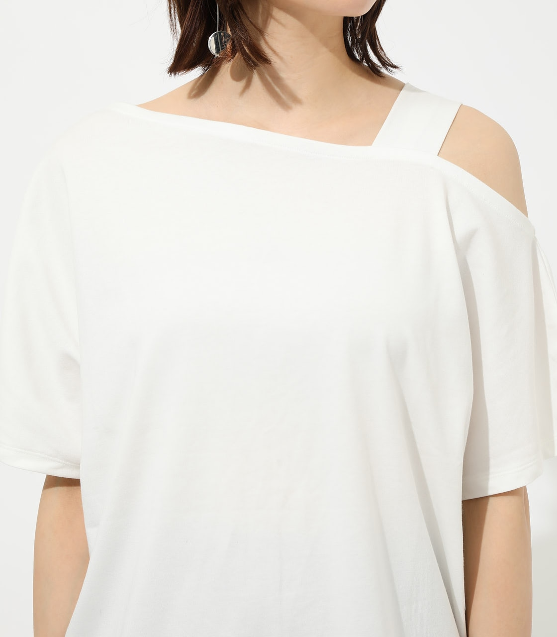 【AZUL BY MOUSSY】ONE SHOULDER CUT TOPS 詳細画像 O/WHT 7