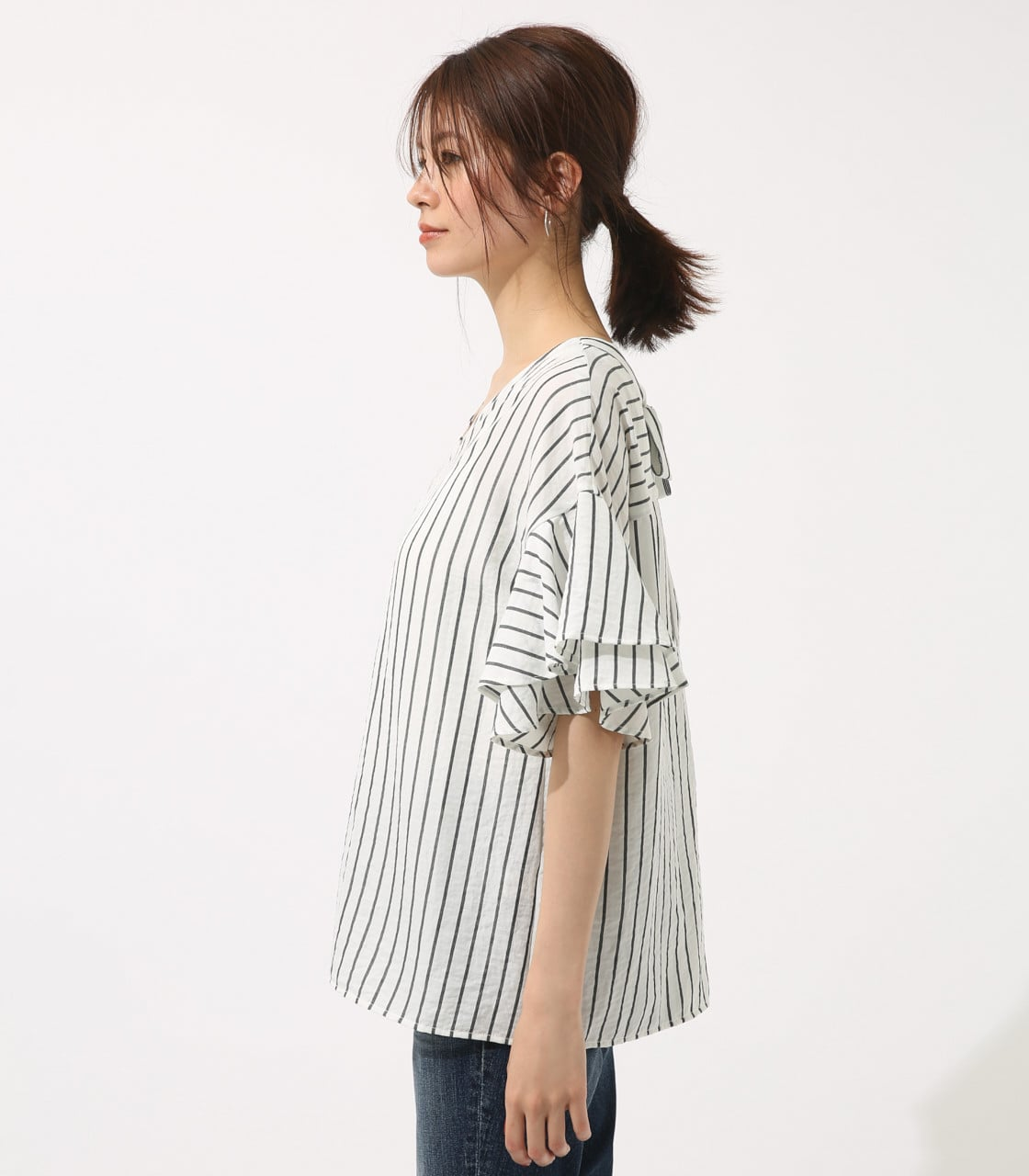 【AZUL BY MOUSSY】バックリボンフリルブラウス 詳細画像 柄WHT 6