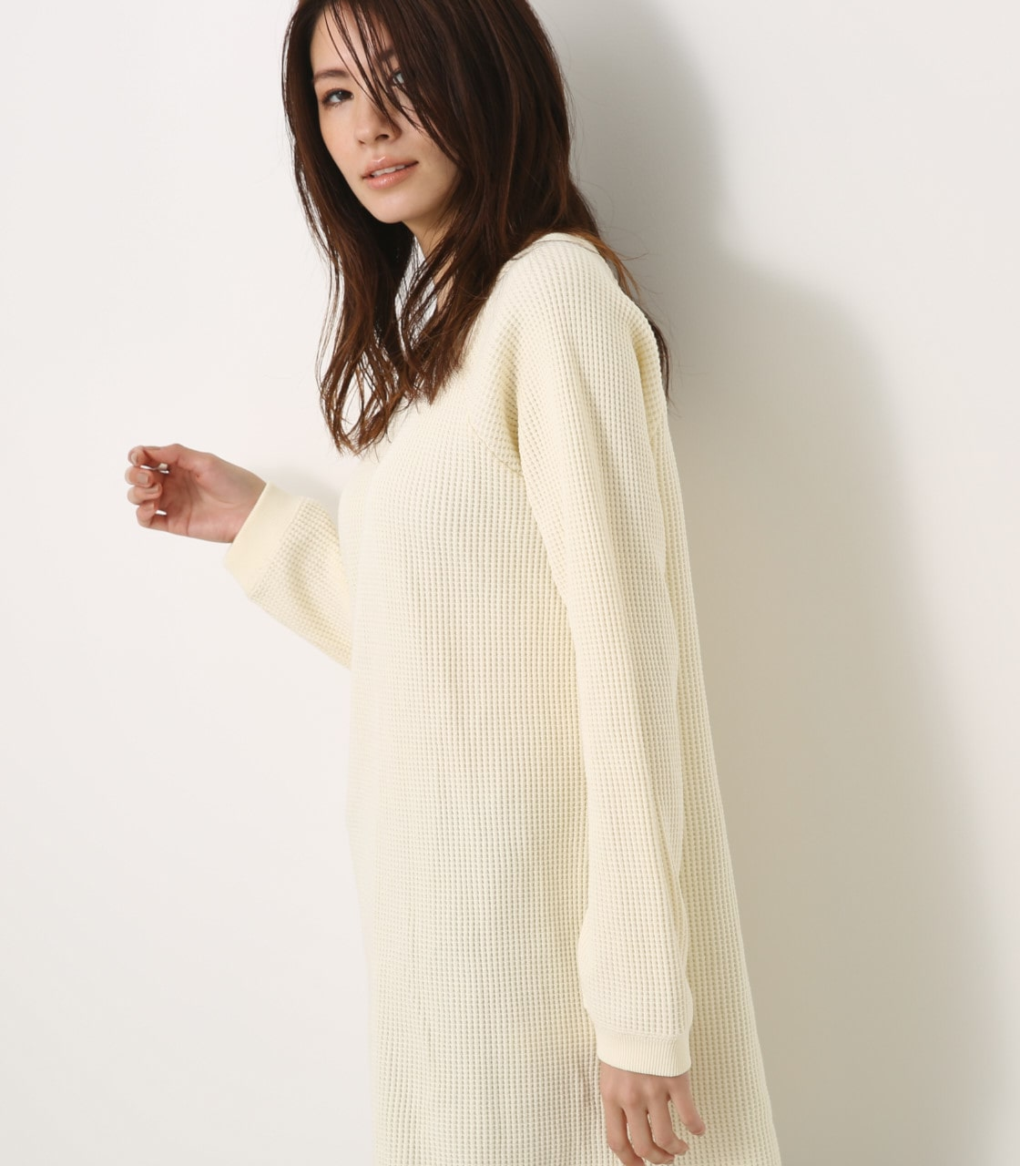 【AZUL BY MOUSSY】ヘビーワッフルルーズサーマルワンピース 詳細画像 O/WHT 2