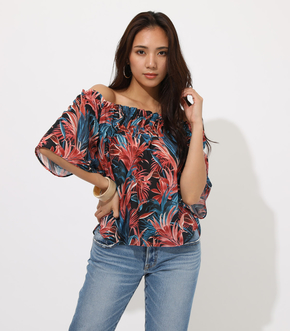 OFF SHOULDER FLOWER LEAF TOP