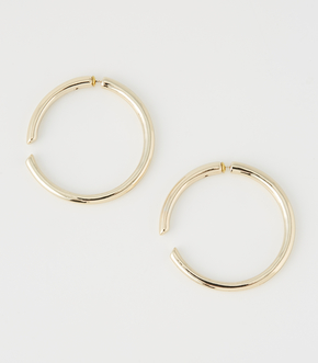 WIDE METAL HOOP PIERCE