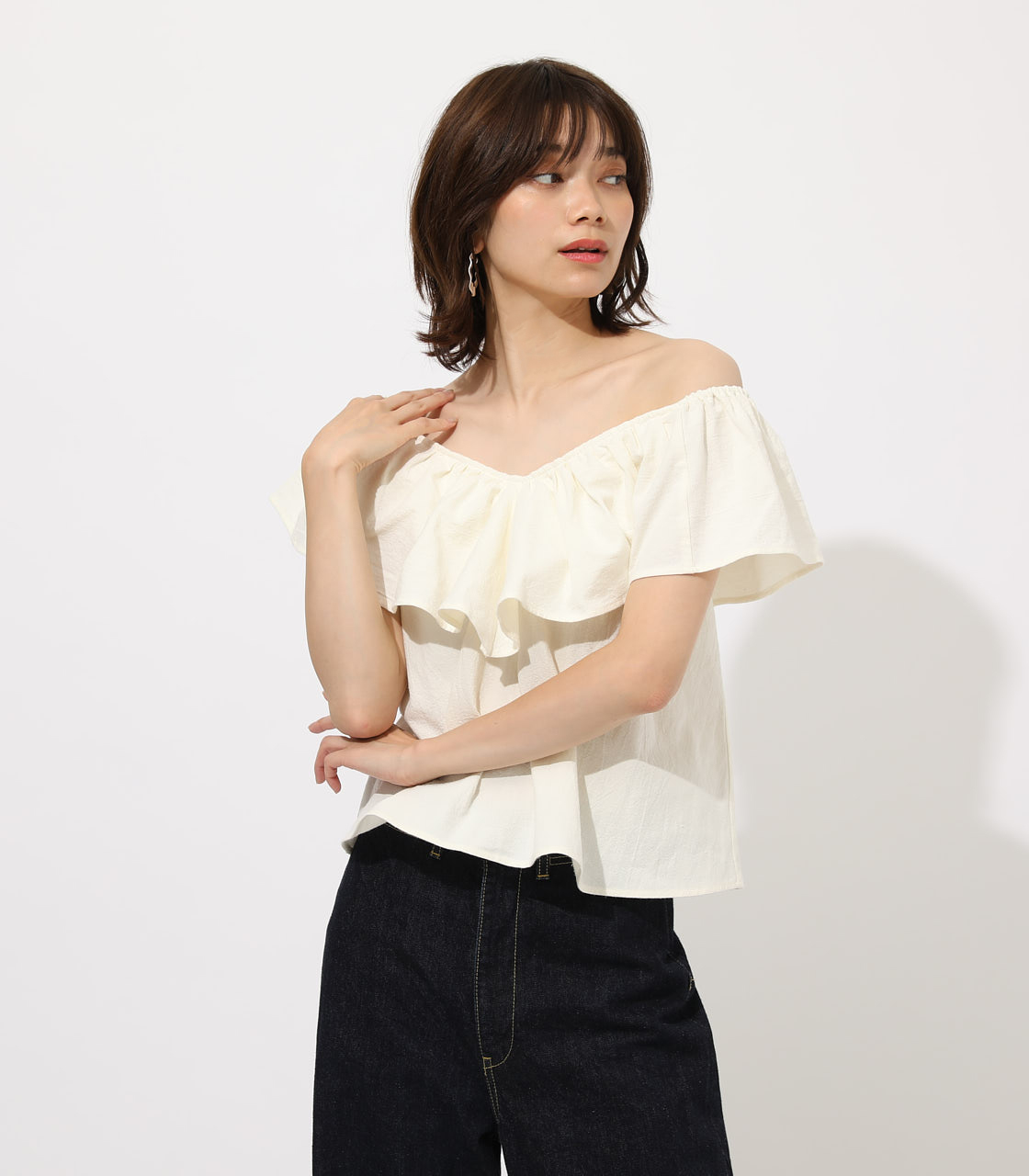 【AZUL BY MOUSSY】RUFFLE 2WAY BLOUSE 詳細画像 O/WHT 1