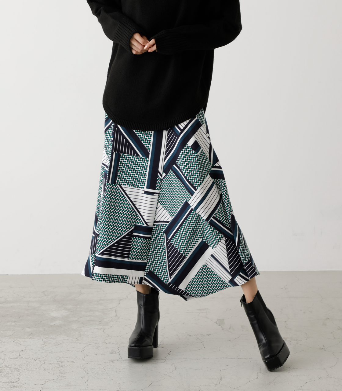 SCARF PATTERN SKIRT/スカーフパターンスカート 詳細画像 柄GRN 1