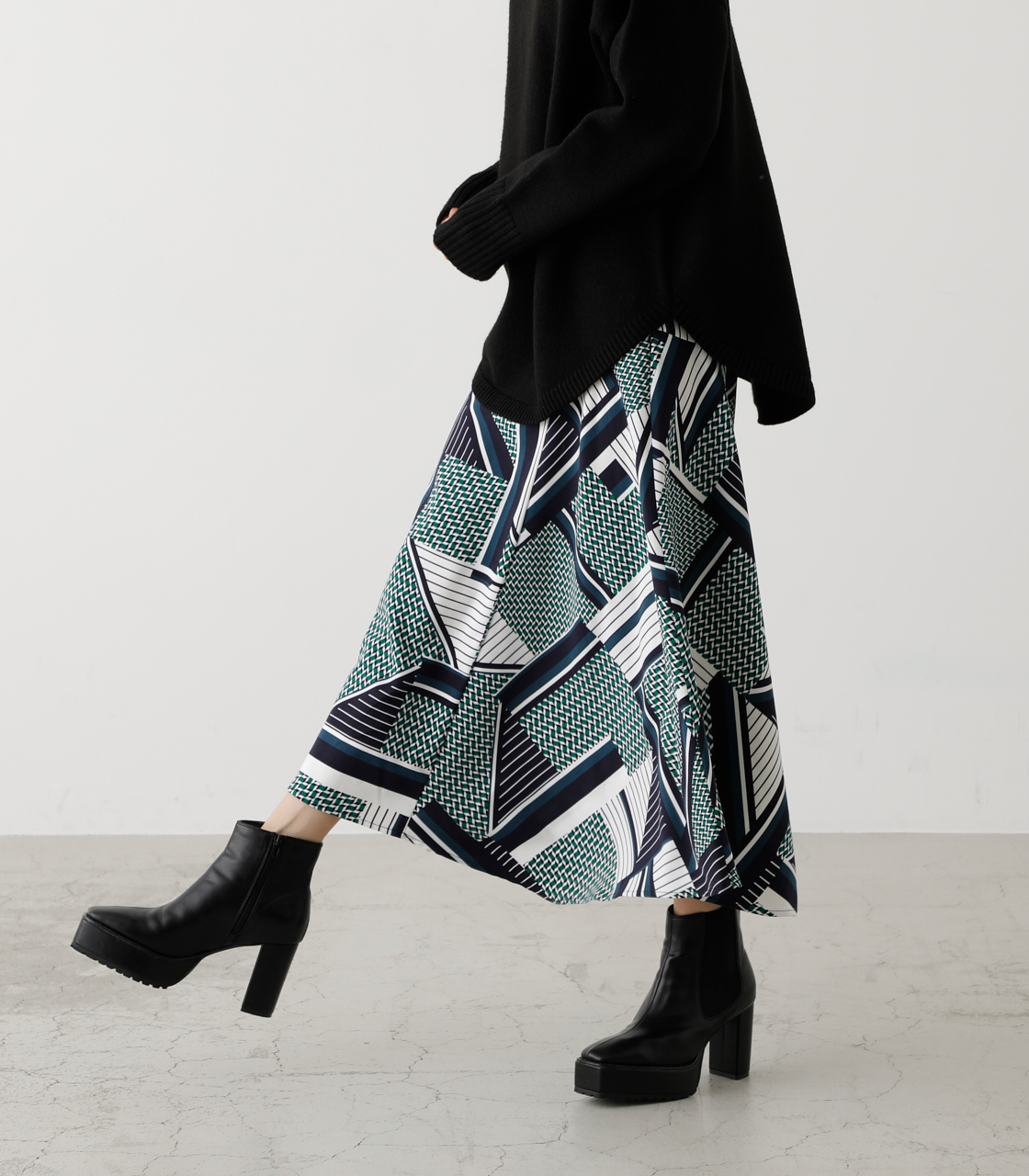 SCARF PATTERN SKIRT/スカーフパターンスカート 詳細画像 柄GRN 2