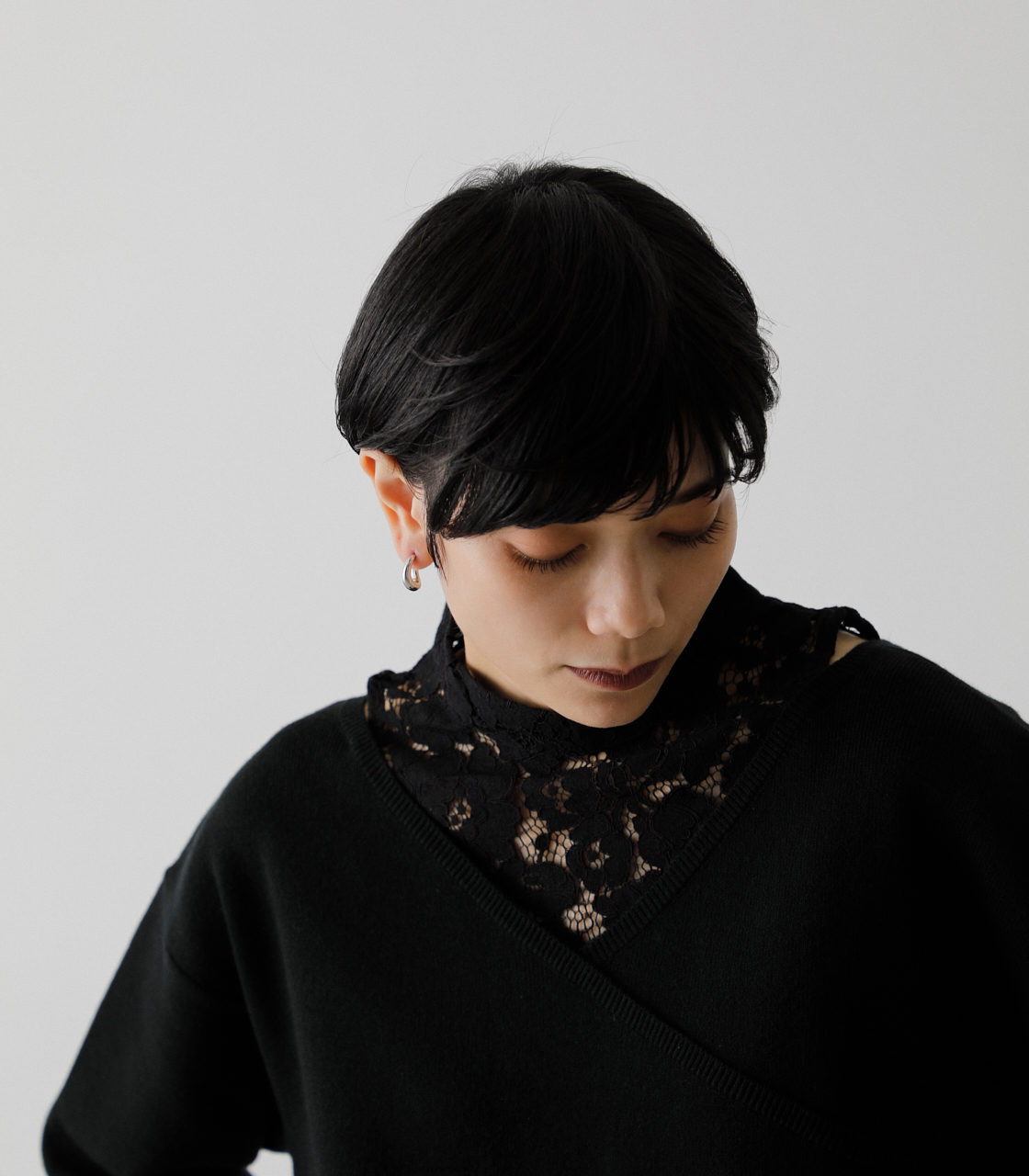 LACE DOCKING CACHE-COEUR TOPS/レースドッキングカシュクールトップス 詳細画像 BLK 3
