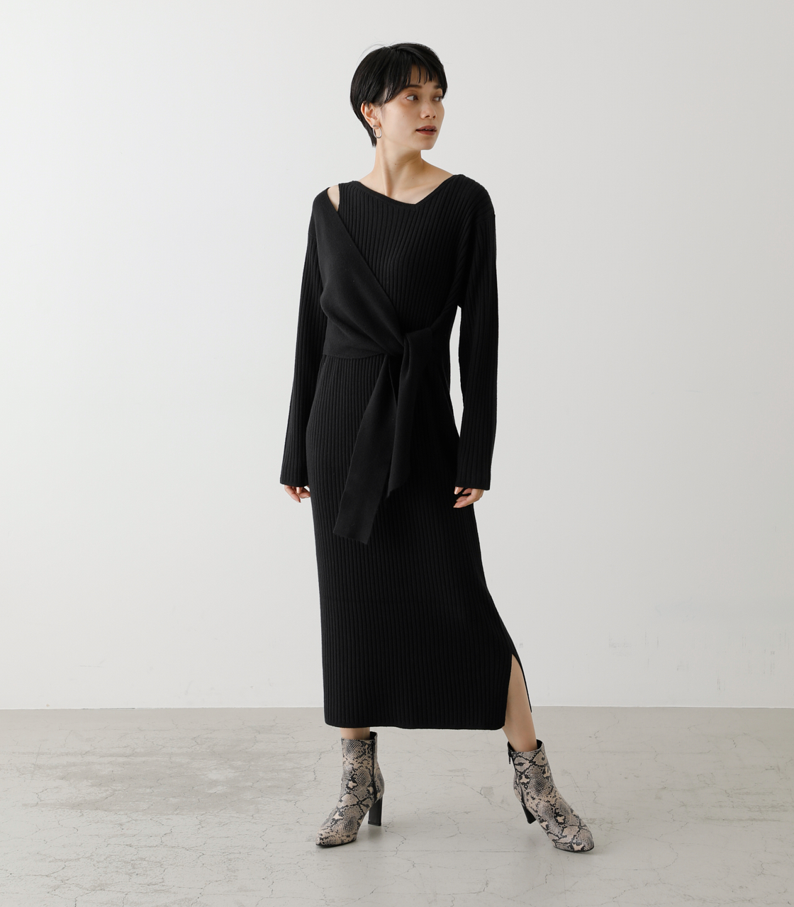 FRONT LINK ASYMMETRY KNIT OP/フロントリンクアシンメトリーニットワンピース【MOOK53掲載 90004】 詳細画像 BLK 1