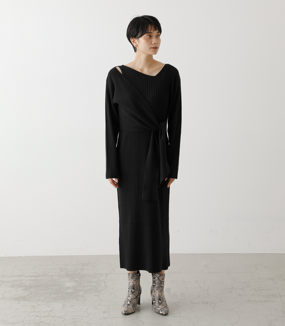 FRONT LINK ASYMMETRY KNIT OP/フロントリンクアシンメトリーニットワンピース【MOOK53掲載 90004】 詳細画像 BLK 5