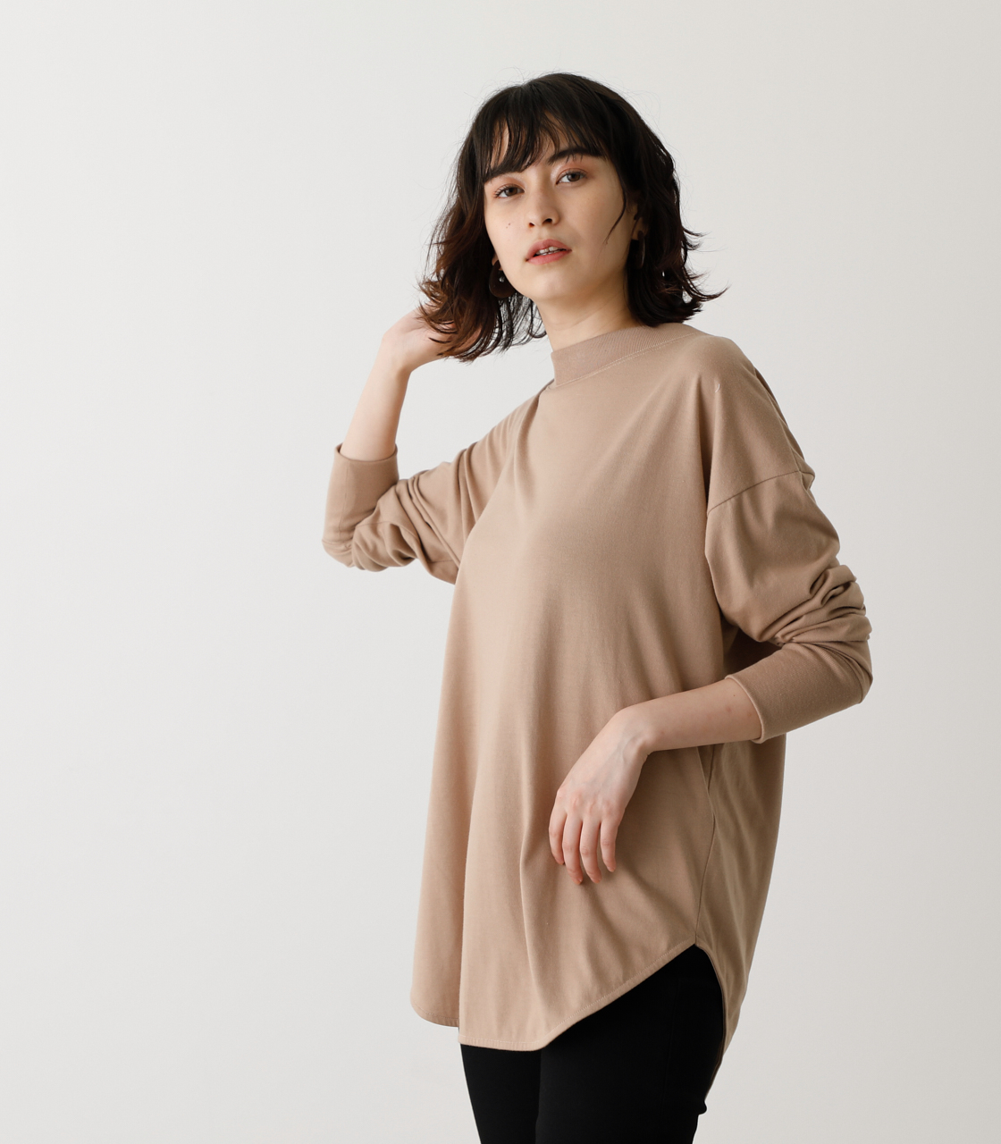 BACK BUTTON LONG T/バックボタンロングTシャツ 詳細画像 BEG 3