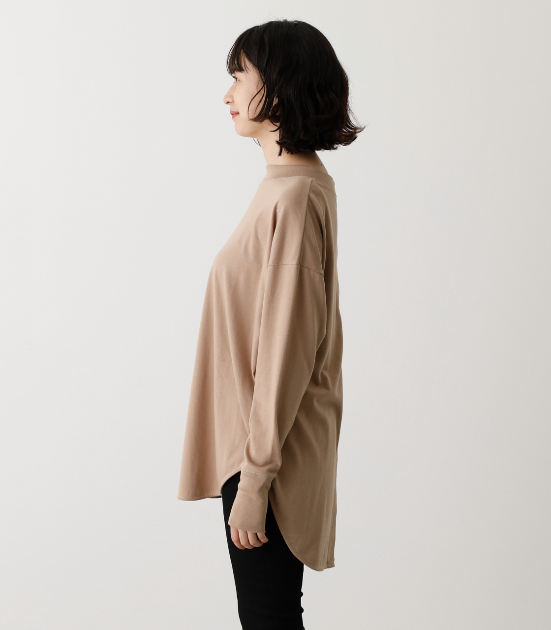 BACK BUTTON LONG T/バックボタンロングTシャツ 詳細画像 BEG 5