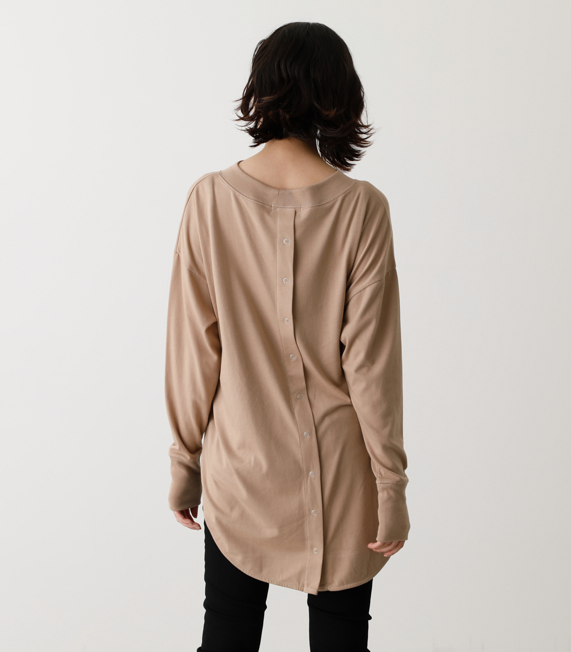 BACK BUTTON LONG T/バックボタンロングTシャツ 詳細画像 BEG 6